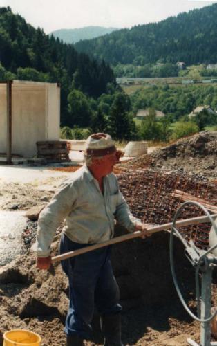 1994_08_5